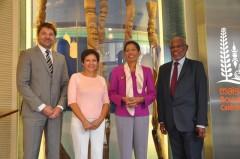 09-29-14 - Réunion des PTOM - Visite de la Ministre des Outre-mer - 011