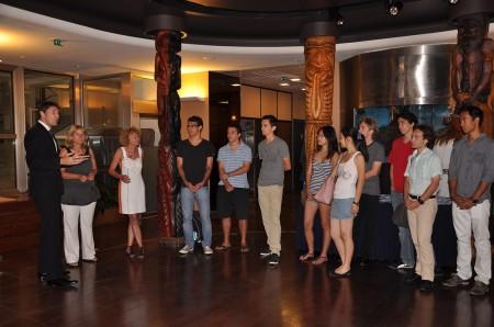 07-17-13-Visite-des-jeunes-d_'APE-Prépa---002